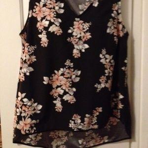 Size 18 Black w/floral high/low V-neck shell